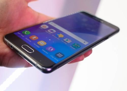 loat-smartphone-giam-gia-dang-chu-y-trong-thang-10-4