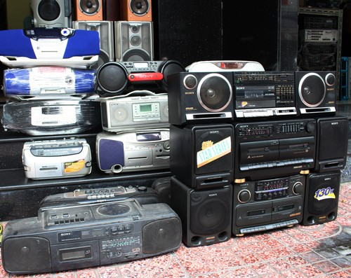 cassette-van-hut-nguoi-choi-gai-gon-1