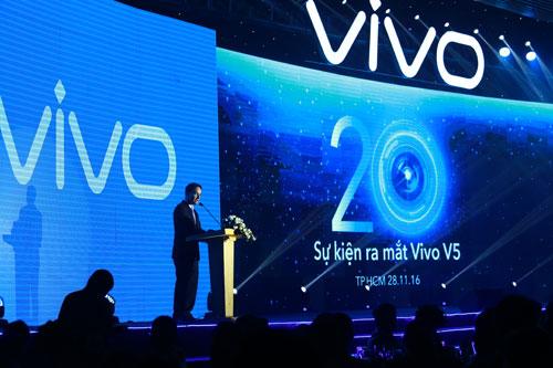 Theo đại diện Vivo Global, ông Brent Samuel Loree, logo mới của Vivo Sự tăng trưởng ấn tượng đánh dấu bước phát triển của Vivo trên toàn cầu. Vivo đã đạt sự tài trợ danh giá của Liên đoàn Khúc kh Vivo luôn tìm kiếm đối tác để nâng tầm sự chuyên nghiệp. Thương hiệu trẻ trung tăng tưởng, luôn đón nhận những sự hợp tác. Hợp tác với các hãng phim nổi tiếng nổi tiếng. Tại Việt Nam, Vivo họp tác nhiều thương hiệu và nghệ sĩ nổi tiếng.