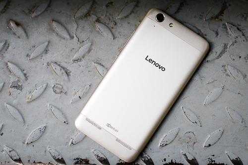 5-smartphone-giam-gia-dang-chu-y-thang-11-4