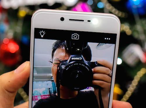 vivo-v5-smartphone-voi-camera-truoc-20-cham-2