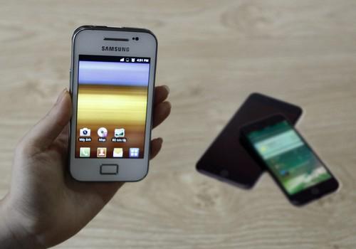 nguoi-dung-thich-giu-lai-dien-thoai-cu-khi-co-smartphone-moi-1