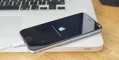 apple-ngung-cho-ha-cap-tu-ios-102-xuong-cac-ban-thap-hon