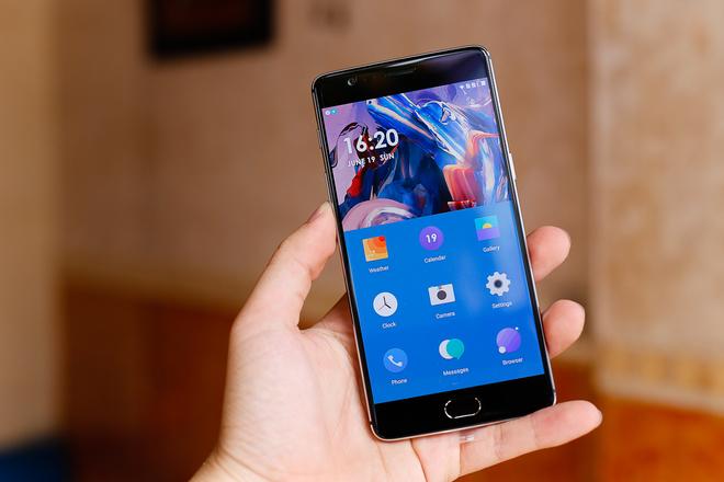 5 smartphone cấu hình 'khủng' nhất 2016