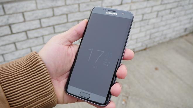 Những lựa chọn màu sắc trên Galaxy S7 edge