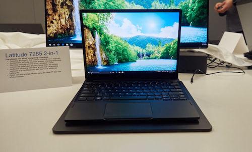 laptop-dau-tien-the-gioi-tich-hop-sac-khong-day