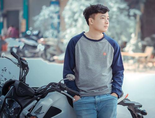 Game thủ Lê Đình Sơn.