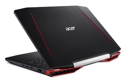 Mẫu laptop chơi game nổi bật của Acer năm 2017 - 168159