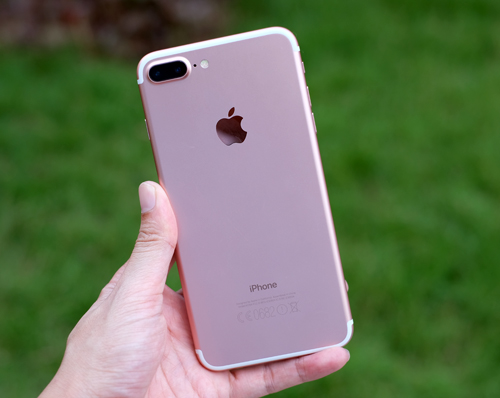 8-smartphone-chup-hinh-dep-ngay-tet