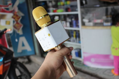 micro-hat-karaoke-loan-gia
