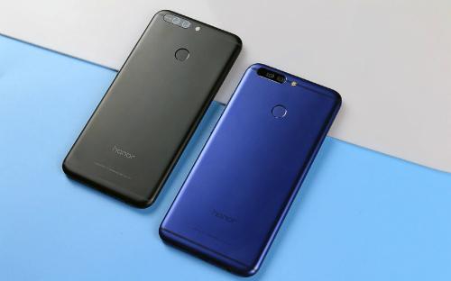 Smartphone của Huawei trông khá giống với iPhone 6s Plus, 7 Plus hay Zenfone 3 Zoom.