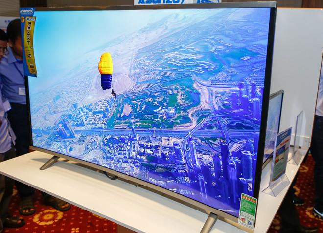 TV màn hình cong thương hiệu Việt giá từ 6 triệu đồng