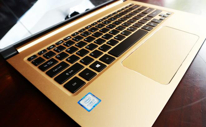 Laptop mỏng nhất thế giới về Việt Nam, giá 35 triệu đồng