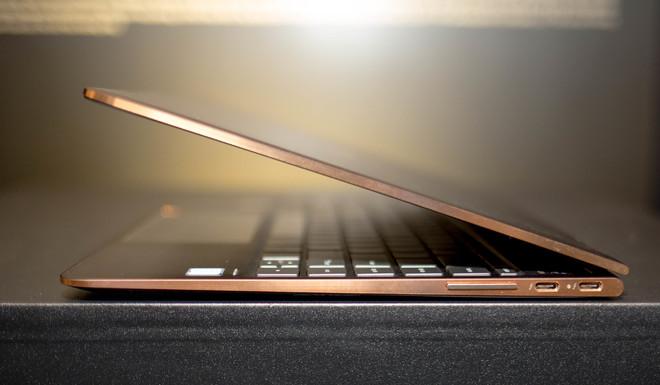 Spectre x360 - laptop 2 trong 1 siêu mỏng