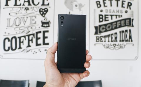 Mua Sony Xperia XZs tại FPT Shop trúng bộ quà công nghệ - ảnh 2