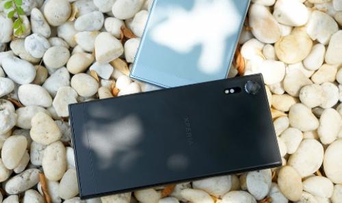 Mua Sony Xperia XZs tại FPT Shop trúng bộ quà công nghệ - ảnh 1