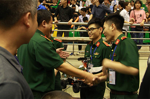 Học viện Kỹ thuật Quân sự vô địch Cuộc đua số - ảnh 4