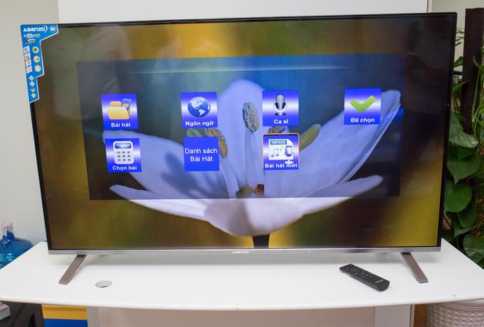 TV 4K giá 12,9 triệu đồng, tích hợp karaoke