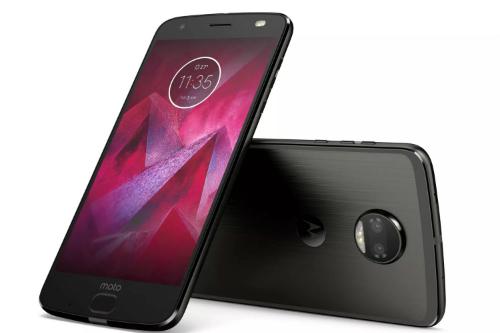 motorola-ra-smartphone-camera-kep-man-hinh-chong-vo