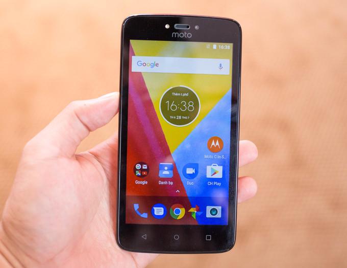 Bộ đôi smartphone Motorola giá rẻ, chạy Android mới nhất