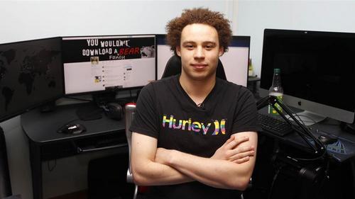 Người ngăn chặn WannaCry bị bắt vì phát tán mã độc - 199719