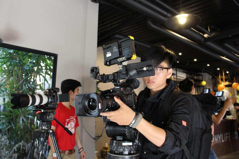 Máy quay phim gần 200 triệu đồng của Canon về Việt Nam