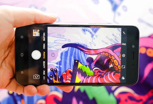 oppo-a71-smartphone-android-7-manh-ve-phan-mem-va-tinh-nang-2