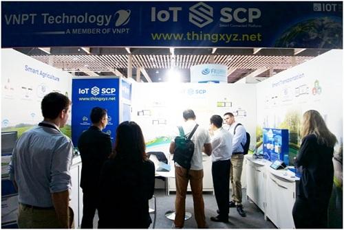 vnpt-technology-trinh-dien-cong-nghe-iot-tren-truong-quoc-te