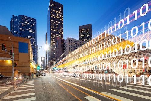 Hội nghị cũng sẽ được nghe chia sẻ kinh nghiệm xây dựng và phát triển thành phố thông minh của Singapore.