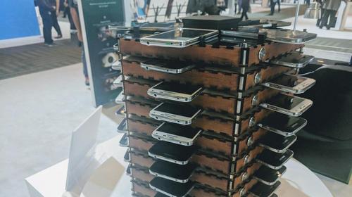 Ghép 40 chiếc Galaxy S5 cũ làm máy đào bitcoin - 209765