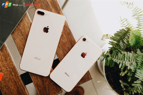 iphone-8-8-plus-chinh-thuc-len-ke-tai-fpt-shop-2