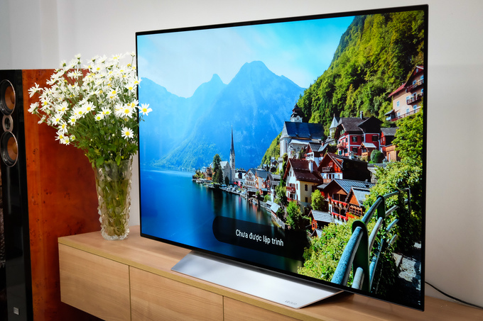 20-LG-OLED-C7-VnE-9950-1512966323_680x0.