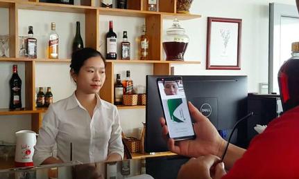 Hành trình xuyên Việt không tiền mặt cùng Samsung Pay