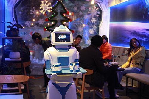 Robot phục vụ cafe Morta.