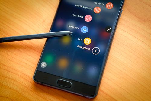 S Pen là khác biệt lớn của Note FE so với các đối thủ cùng tầm tiền.