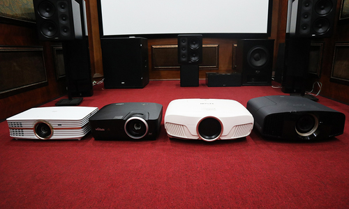 Loạt máy chiếu 4K cho phòng giải trí gia đình
