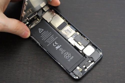 Apple đang triển khai thay pin cho iPhone trên toàn thế giớivới giá ưu đãi.