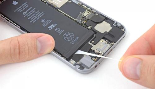 Áp lực thay pin có thể là nguyên nhân của hai vụ nổ pin iPhone