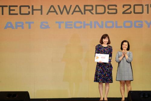 Đại diện Mobiistar: Tôi bất ngờ khi đoạt giải Tech Awards 2017