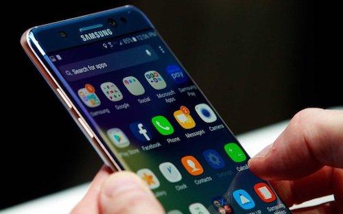 Samsung phủ nhận làm chậm smartphone đời cũ thông qua cập nhật phần mềm.