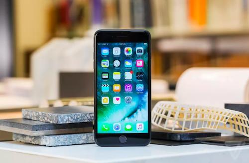 Apple bắt đầu bán iPhone 7 tân trang