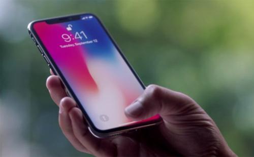 Hàng trăm người dùng iPhone X không thể trả lời cuộc gọi