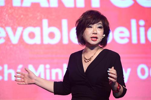 Bà Amy Lung, thành viên HĐQT Vietnamobile