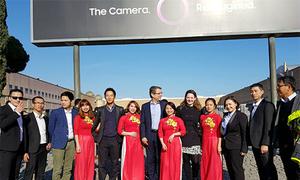 Công nhân Việt Nam sản xuất Galaxy S9 được tham dự sự kiện Unpacked