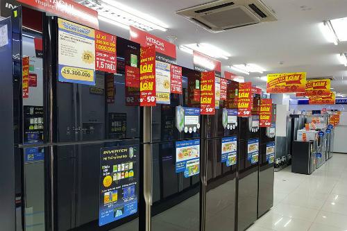 Tủ lạnh, điều hòa có mức giảm thấp hơn TV bởi loại hàng trưng bày này thường không phải hoạt động.