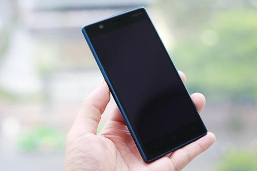 Nokia 3 cho cảm giác như một chiếc điện thoại Android được gắn mác Nokia chứ không phải là sản phẩm do thương hiệu Phần Lan phát triển.