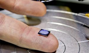 Máy tính nhỏ nhất thế giới của IBM