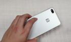 Bphone 3 lộ video, thiết kế giống iPhone 7 Plus