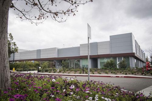 Muốn 'chia tay' Samsung, Apple bí mật phát triển màn hình riêng
