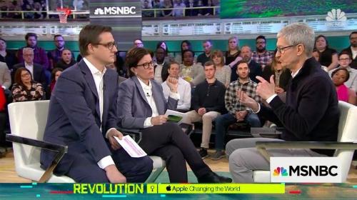 Tim Cook: Nói iPhone không sản xuất bởi Mỹ là không đúng